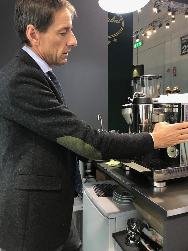 Rocket-Espresso-Host-2017-R9-One-Mini-Rear-Matt-Black-Andrew-Meo