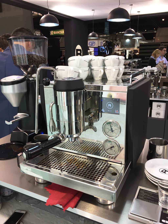Rocket Espresso Host 2017 R9 One Mini Bella Barista