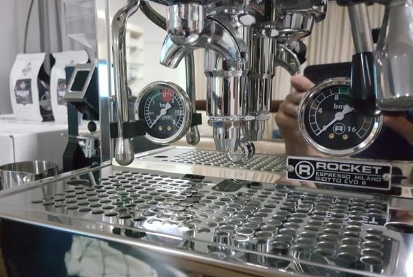 Rocket Giotto Evoluzione R Espresso Machine.